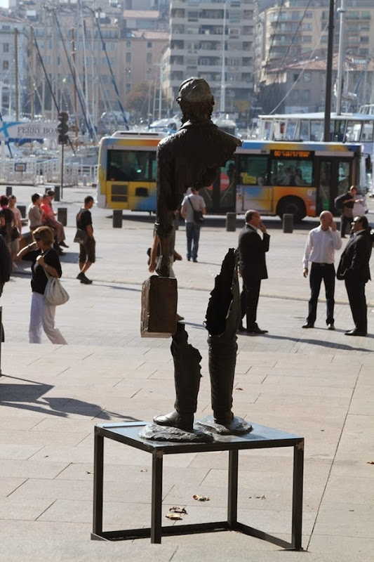 Sculptures by Bruno Catalano: bruno catalano 5[4].jpg